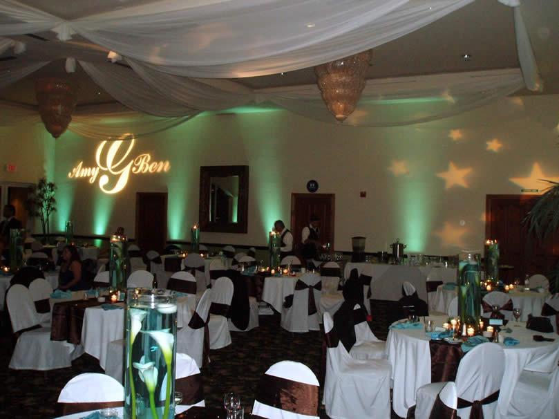 Awesome lights for wedding reception ideas styles ideas 2018 wedding up lighting monograms and more to set your event apart solutioingenieria Images